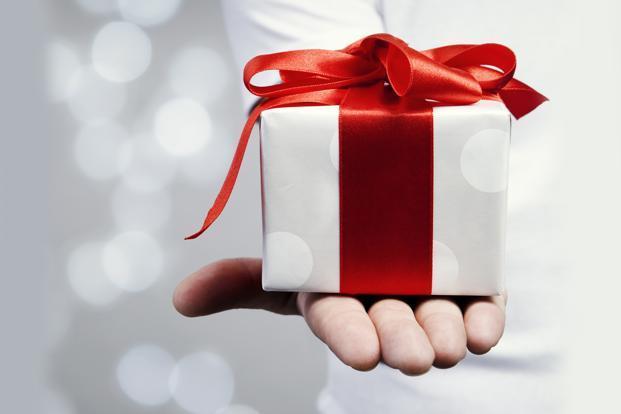 تفاوت بین Gift و Present